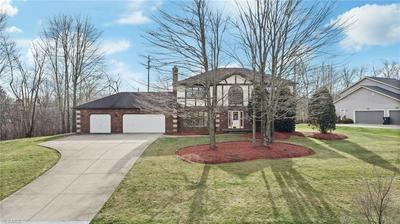 36572 DERBY DOWNS DR, SOLON, OH 44139 - Photo 2