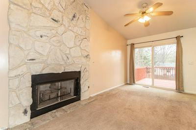 6085 IROQUOIS TRL, Mentor-on-the-Lake, OH 44060 - Photo 2