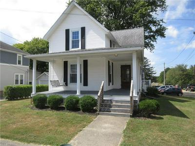 71 S MULBERRY ST, Fredericktown, OH 43019 - Photo 2