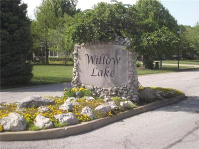 LAKE BREEZE, Huron, OH 44839 - Photo 2