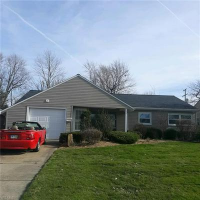 1207 RANCHLAND DR, Mayfield Heights, OH 44124 - Photo 1