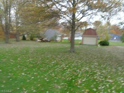 26923 OXFORD PARK LN, Olmsted Falls, OH 44138 - Photo 2