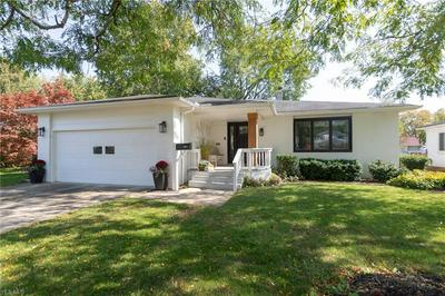 6627 FOREST GLEN AVE, Solon, OH 44139 - Photo 2