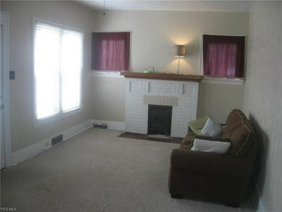 623 BUENA VISTA BLVD, STEUBENVILLE, OH 43952 - Photo 2