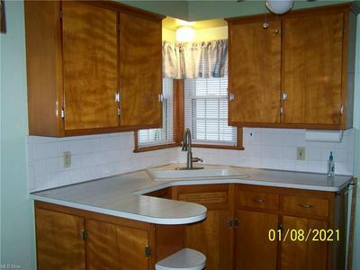 10909 BRUNSWICK AVE, Garfield Heights, OH 44125 - Photo 2