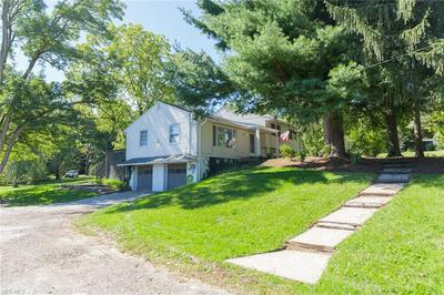 1428 BELL RD, Chagrin Falls, OH 44022 - Photo 2