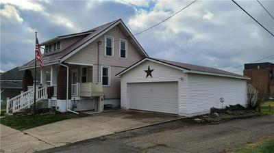 435 S 16TH ST, Coshocton, OH 43812 - Photo 2