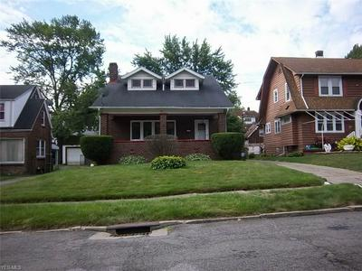 293 UPLAND AVE, Youngstown, OH 44504 - Photo 2