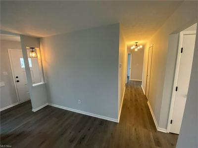 6904 DAY DR, Cleveland, OH 44129 - Photo 2