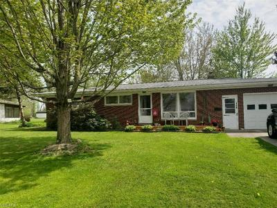 148 MAPLEWOOD DR, Jefferson, OH 44047 - Photo 1
