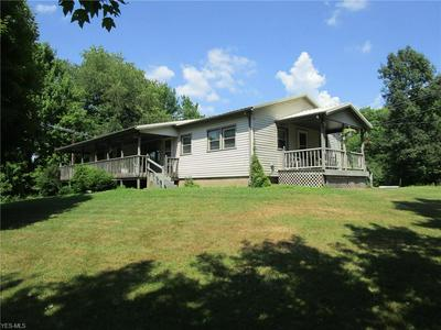 2290 LAKEWOOD RD SW, Sherrodsville, OH 44675 - Photo 2