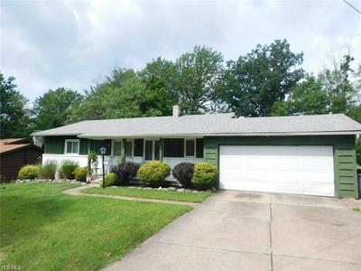 862 WELLMON ST, Bedford, OH 44146 - Photo 1