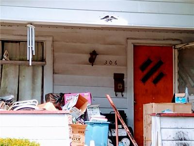 306 OAK ST, Uhrichsville, OH 44683 - Photo 2