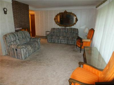 5890 E WALLINGS RD, Broadview Heights, OH 44147 - Photo 2