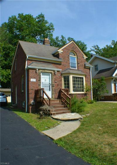 1075 RUSHLEIGH RD, Cleveland Heights, OH 44121 - Photo 1