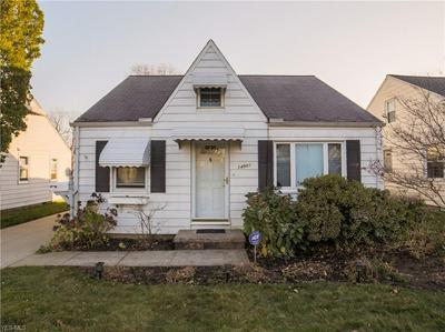 14901 GRAPELAND AVE, Cleveland, OH 44111 - Photo 1