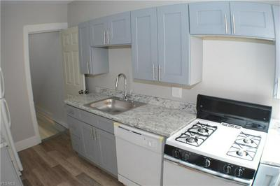 4122 CHESTER AVE APT 10, Cleveland, OH 44103 - Photo 2