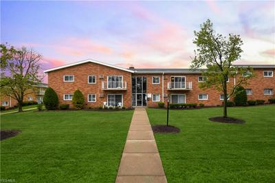 481 TOLLIS PKWY APT 270E, Broadview Heights, OH 44147 - Photo 1