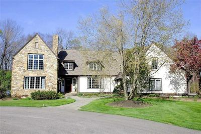 38795 S WOODLAND RD, CHAGRIN FALLS, OH 44022 - Photo 2