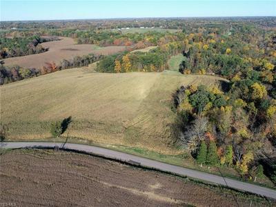 000 TRIADELPHIA ROAD NW, Crooksville, OH 43731 - Photo 1