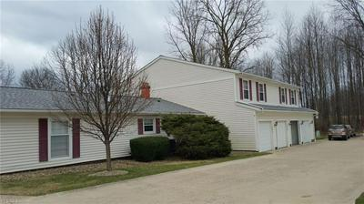 9999 INDEPENDENCE DRIVE 8D, NORTH ROYALTON, OH 44133 - Photo 2