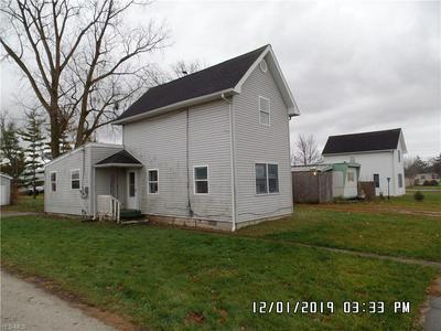 1415 N TOWNSHIP ROAD 21, Fostoria, OH 44830 - Photo 2