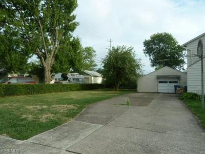 4123 TACOMA AVE, Lorain, OH 44055 - Photo 2