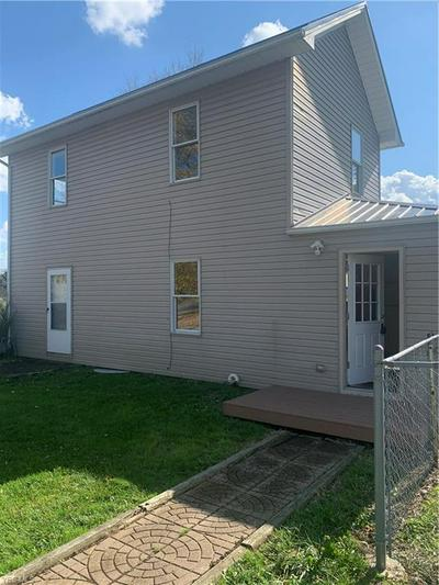 1909 MANCHESTER AVE SW, North Lawrence, OH 44666 - Photo 2
