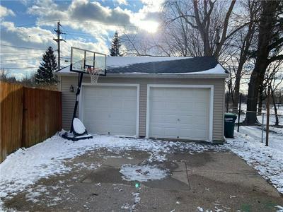 2258 E 290TH ST, WICKLIFFE, OH 44092 - Photo 2
