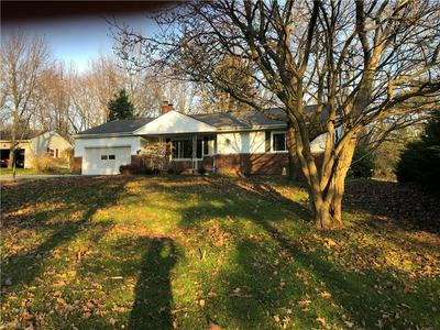 2951 STANLEY RD, Fairlawn, OH 44333 - Photo 1