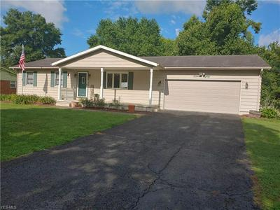 1180 LAKE VIEW DR, Zanesville, OH 43701 - Photo 2