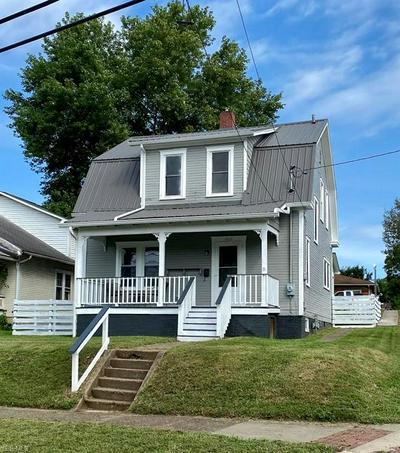 909 PHILLIPS ST, Marietta, OH 45750 - Photo 1