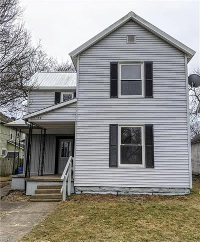 1029 E MAIN ST, COSHOCTON, OH 43812 - Photo 2