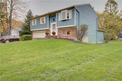8758 USHER RD, Olmsted Township, OH 44138 - Photo 2