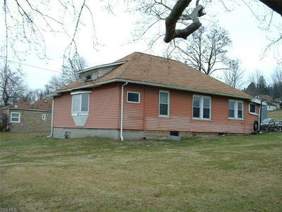 635 BROOKFIELD AVE, MASURY, OH 44438 - Photo 1