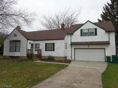 1625 E RIDGEWOOD DR, SEVEN HILLS, OH 44131 - Photo 1
