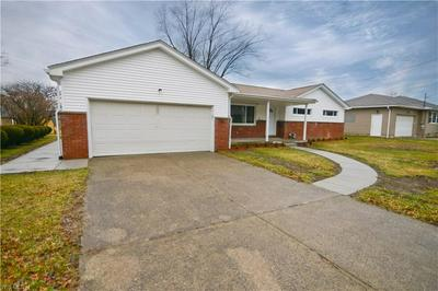624 ROBINSON RD, Campbell, OH 44405 - Photo 2