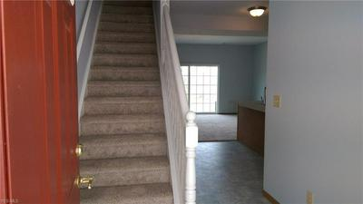 16464 COTTONWOOD PL, MIDDLEFIELD, OH 44062 - Photo 2