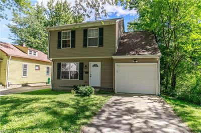 985 MOHEGAN TRL, Willoughby, OH 44094 - Photo 2