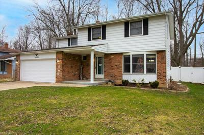 5925 FOREST RIDGE DR, North Olmsted, OH 44070 - Photo 1