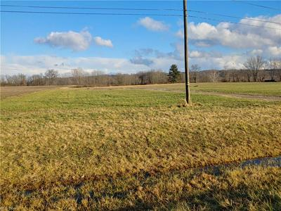 11450 OLD RILEY RD, Frazeysburg, OH 43822 - Photo 2