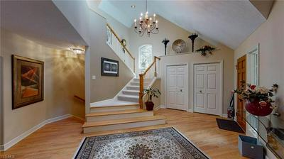 7 BENTLY DR N, NORTH CANTON, OH 44709 - Photo 2