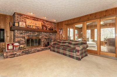 8981 BLUEJAY LN, Mentor, OH 44060 - Photo 2