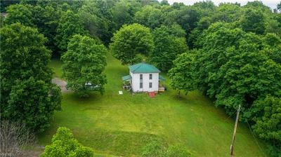 8657 CEMENT BRIDGE RD NW, Dundee, OH 44624 - Photo 2