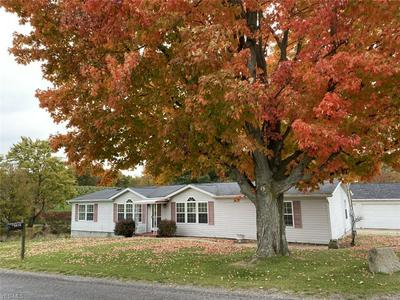 5616 ADAMS RD, Rogers, OH 44455 - Photo 1