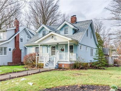 842 MONTFORD RD, Cleveland Heights, OH 44121 - Photo 2