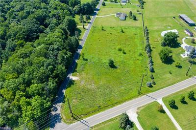 V/L CENTER & HOPKINS, Garrettsville, OH 44231 - Photo 2