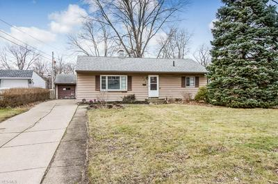 200 WYLESWOOD DR, BEREA, OH 44017 - Photo 2