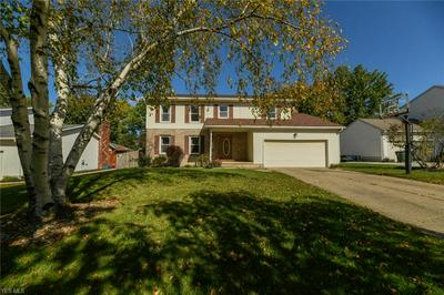 700 THELMA DR, Wadsworth, OH 44281 - Photo 1