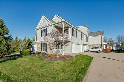 317 W LEGEND CT # C, Highland Heights, OH 44143 - Photo 2